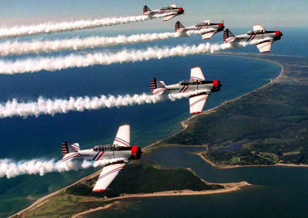 Skytypers Six Formation sponsored by GEICO